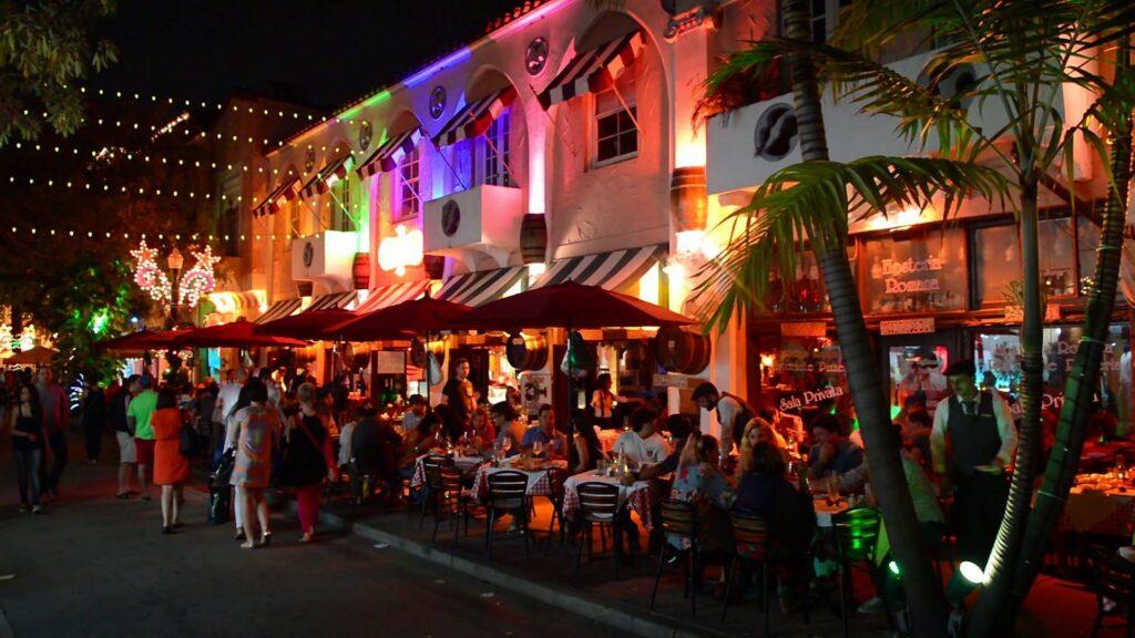 Espanola Way, Miami Beach